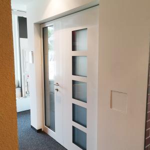 Türen bei Hasenjäger